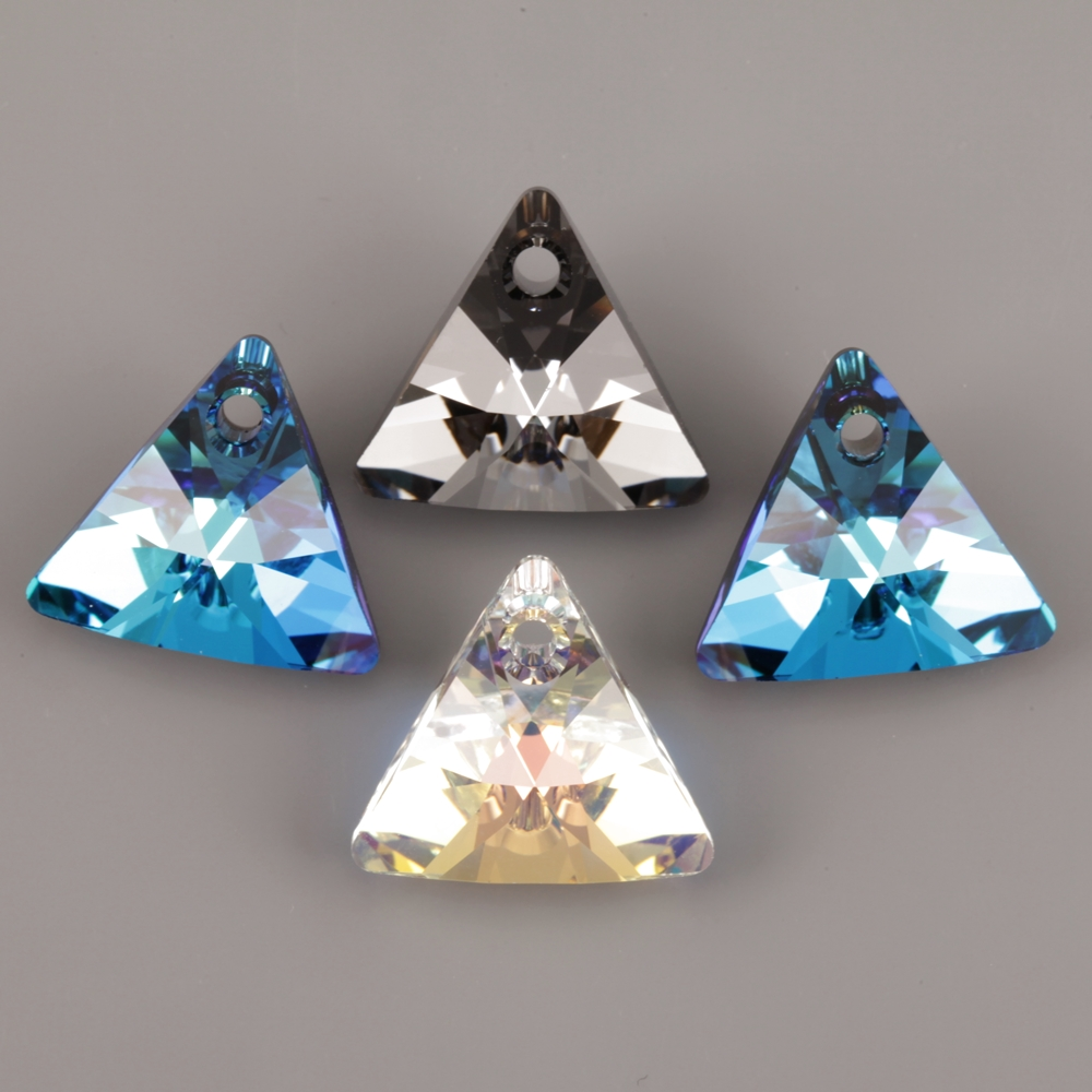 6628 XILION TRIANGLE SWAROVSKI ELEMENTS