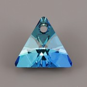 Swarovski Elements přívěsky 6628 - XILION Triangle - Bermuda Blue P - 16mm