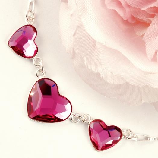 ... Valentýnské šperky - Swarovski náhrdelník se srdíčky 2fb73273929