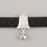 Přívěsek na páskový náramek - CINKAJÍCÍ ZVONEK - stříbrný