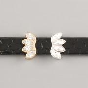 Přívěsek na páskový náramek - KORUNKA S KAMÍNKY - stříbrná