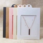 Závěs na šperkovou sadu - obal s okénkem a kartička uvnitř - perleťový