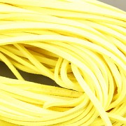 Kožený řemínek plochý 2,5mm - 90cm - neon žlutá