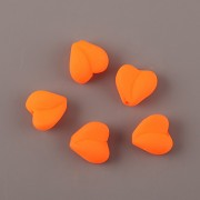 Korálky SRDÍČKO neon oranžová 20ks