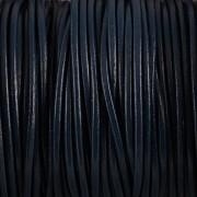 Kožená šňůrka kulatá - temně modrá 1mm - metr