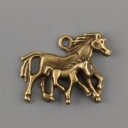 Přívěsek Koně v běhu - starozlato