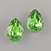 Slzička Swarovski® Crystal 4320 - Dark Moss Green 8mm