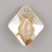 Swarovski přívěsky 6926 – Growing Crystal Rhombus – Golden Shadow - 36mm